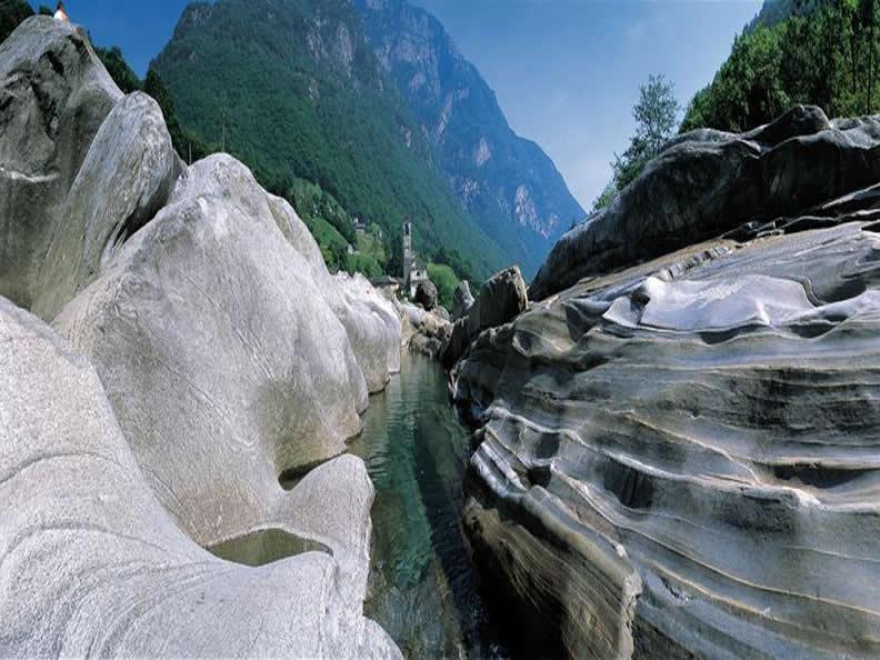 Image 2 - Il Sentierone della Val Verzasca