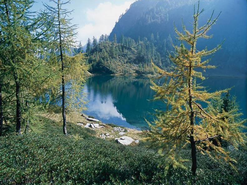 Image 0 - Bergsee von Sascòla