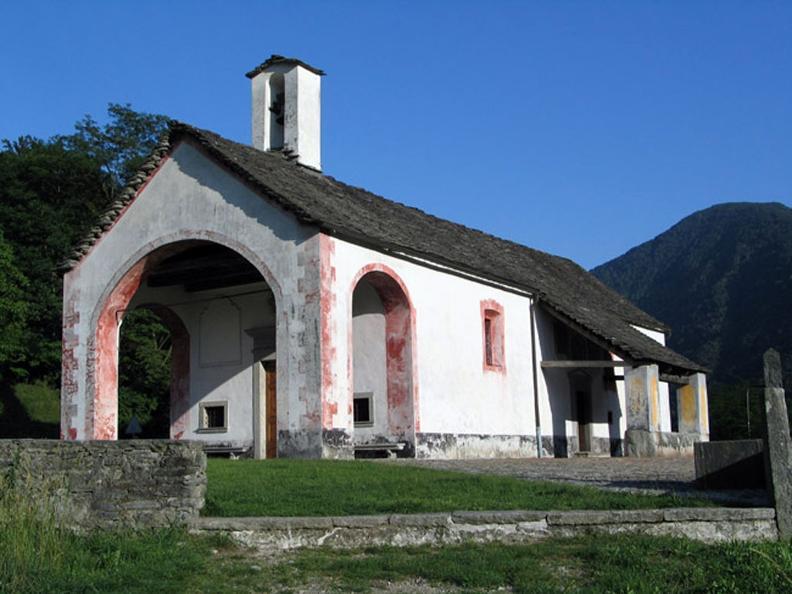 Image 2 - Gli affreschi della chiesa di S. Maria delle Grazie