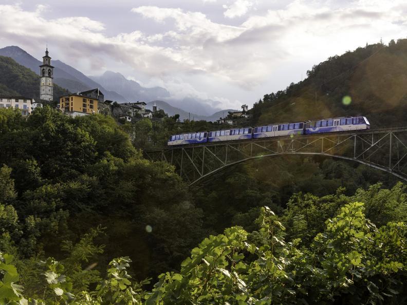 Image 0 - Lago Maggiore Express