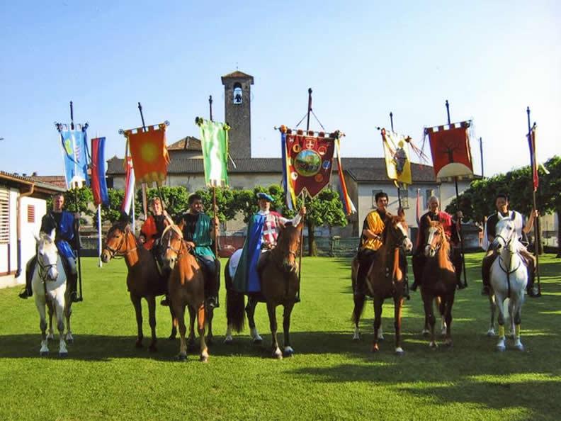 Image 2 - Donkey race