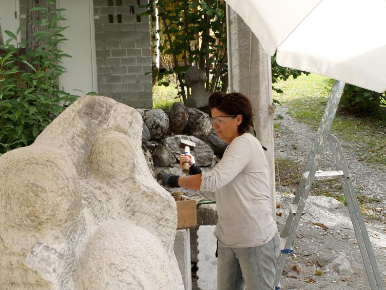 Image 3 - The Sculpture School of Peccia
