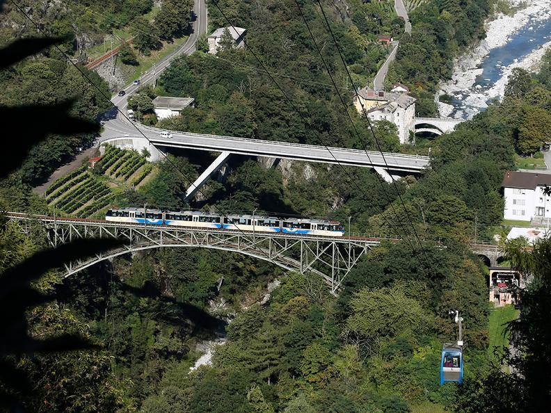 Image 1 - Chemin de fer des Centovalli Locarno-Domodossola