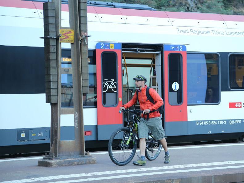 Image 1 - Kostenlose Velotransporte aus dem Tessin an den Bahnhof Ihrer Wahl.