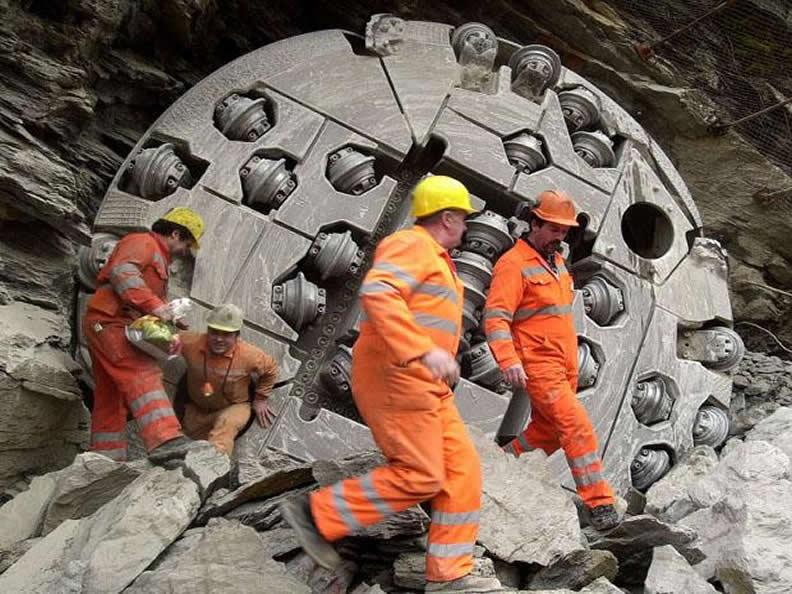 Image 2 - Infocentro AlpTransit Pollegio - Visitez le plus long tunnel du monde!