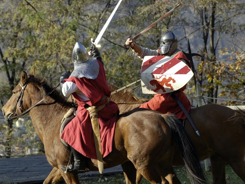 Image 1 - La Spada nella Rocca, Bellinzona (Mittelalterliche Festspiele)