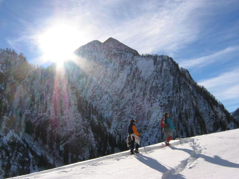 Image 4 - Snowshoe Tours in Campo Blenio