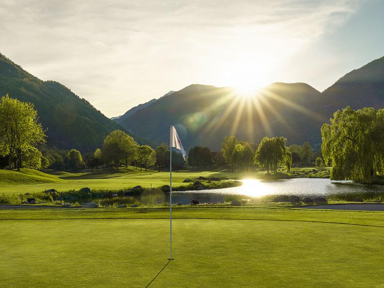 Image 0 - Golf in Ticino