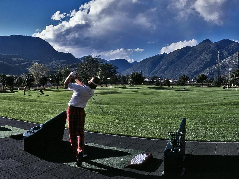 Image 0 - Golf Pitch & Putt Albergo Losone