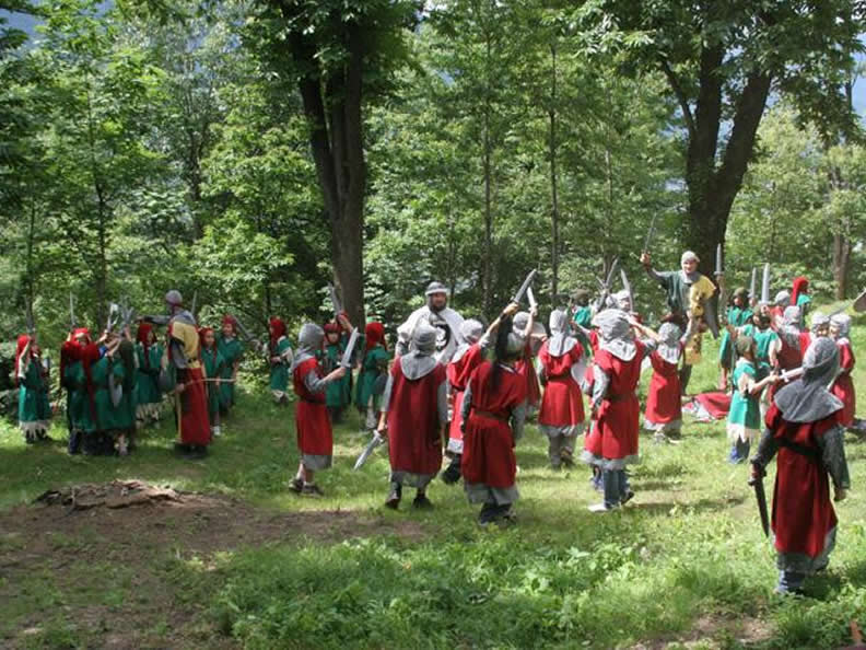 Image 0 - A Medieval event in the  castles