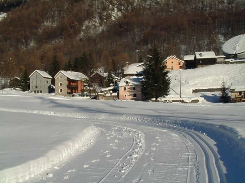 Image 2 - Skiing in Mogno