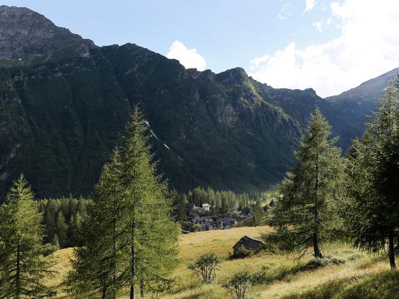Image 3 - Nordic Walking trail in Bosco Gurin