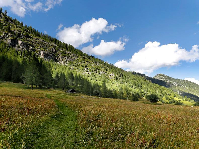 Image 4 - Nordic Walking trail in Bosco Gurin