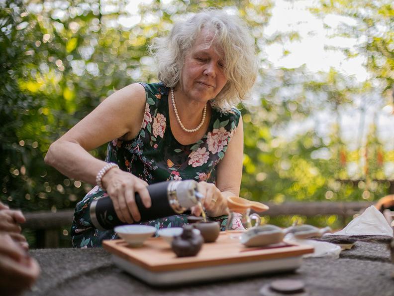 Image 9 - La cultura del tè al Monte Verità