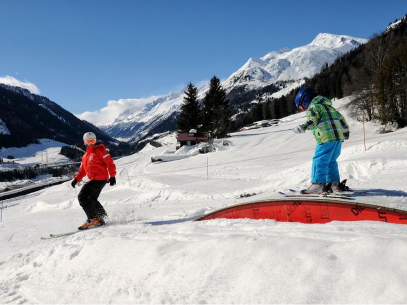 Image 0 - Ski resort Airolo-Lüina