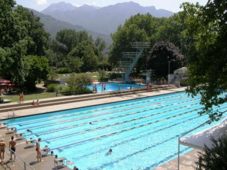 Image 0 - Stadtschwimmbad Bellinzona