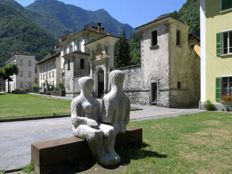 Image 0 - Cevio: houses, gardens, squares and grotti