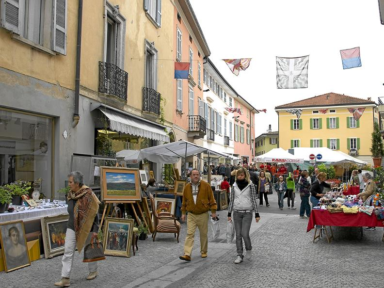 Image 3 - The markets in Ticino