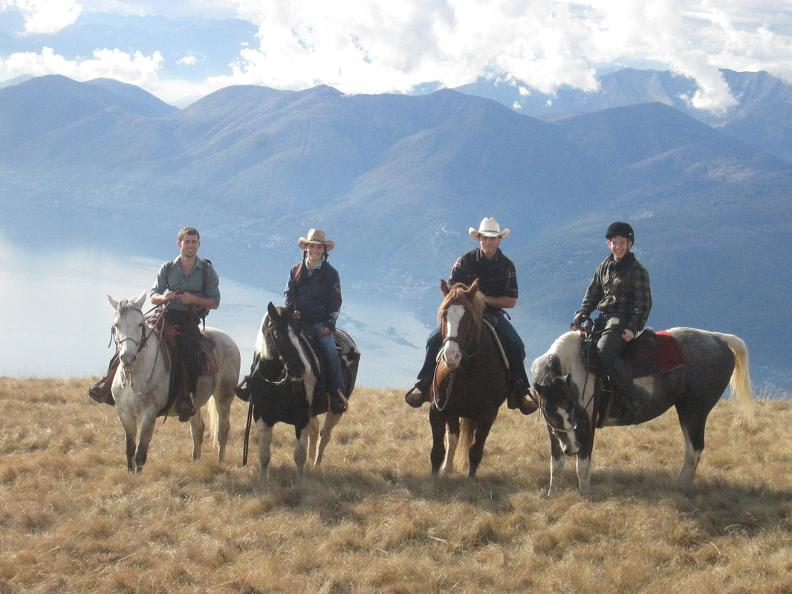 Image 3 - Horse rides in Valle Leventina: Leventina Western