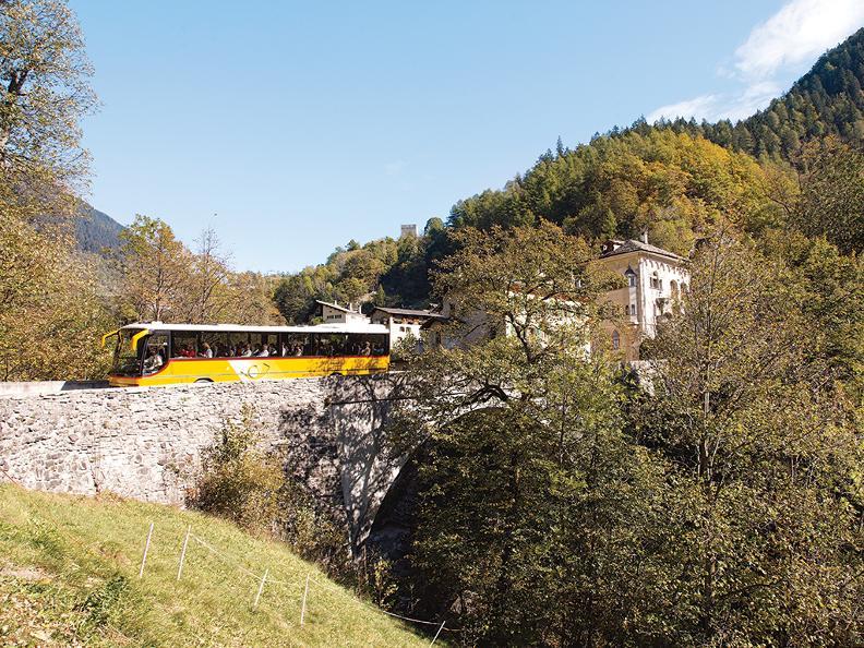 Image 2 - Palm Express: St.Moritz - Lugano