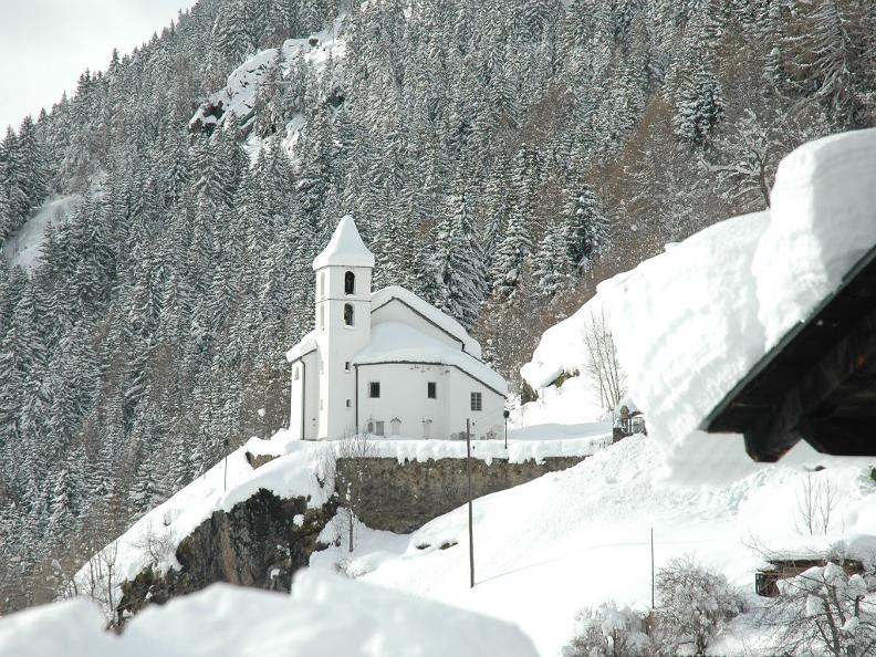 Image 4 - Winter Wanderweg Altanca - Brugnasco