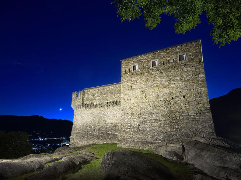 Image 4 - Bellinzona: the city of Castles