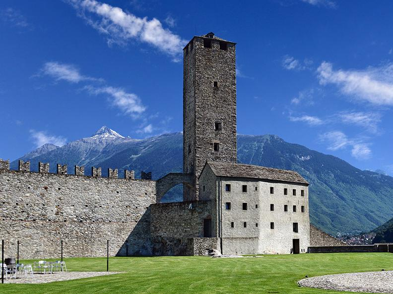 Image 5 - Bellinzona: the city of Castles