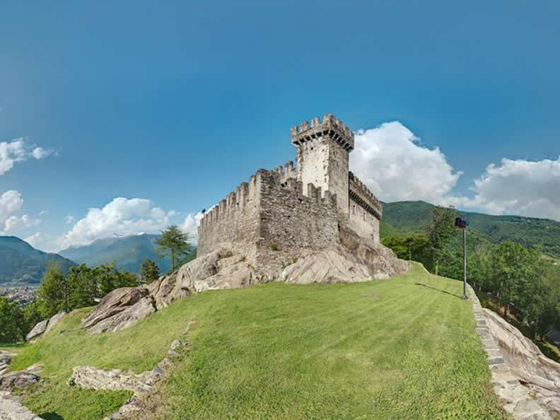 Image 3 - Bellinzona: the city of Castles