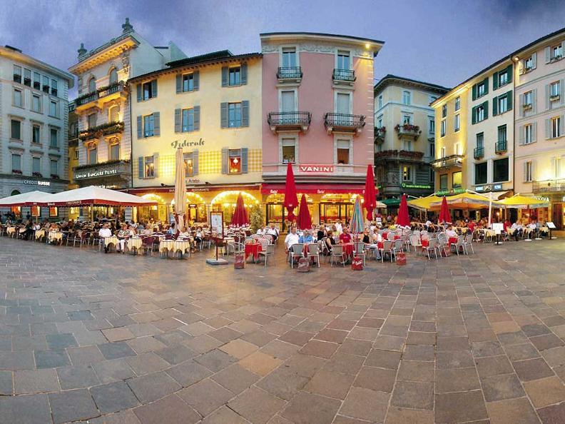 Image 2 - Piazza Riforma