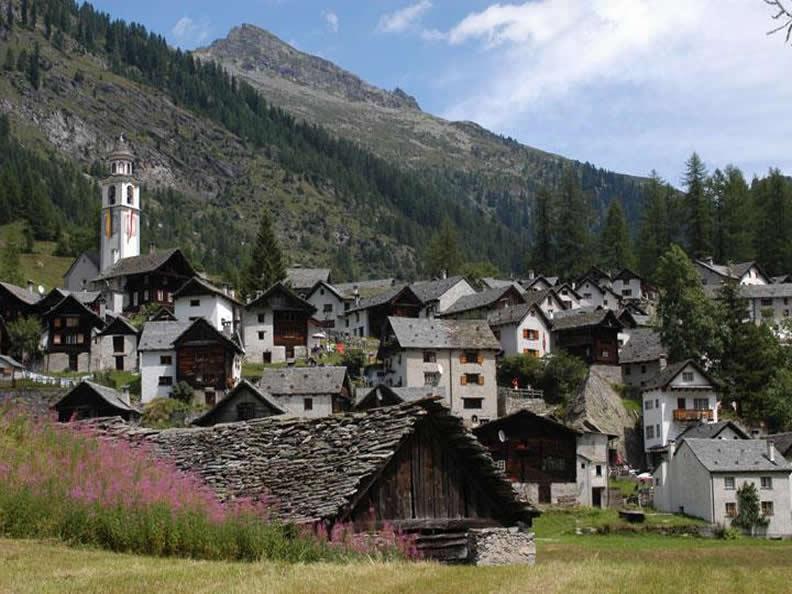 Image 2 - Bosco Gurin, le village Walser