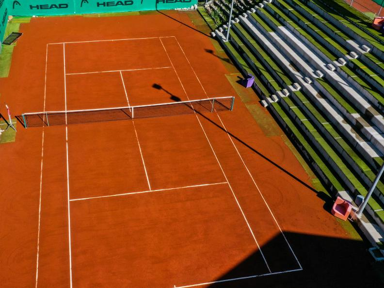 Image 11 - YOYO - Centro sportivo