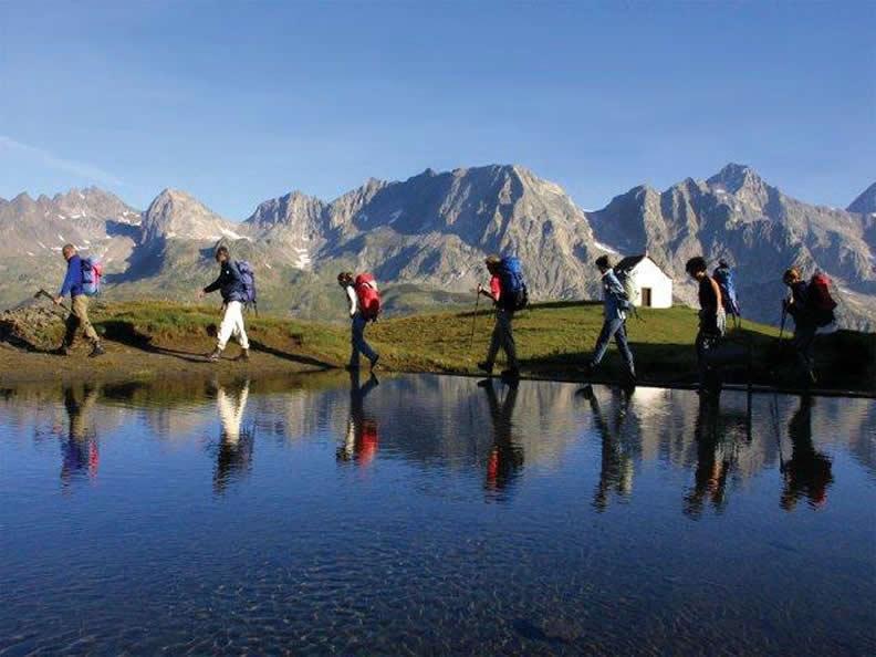 Image 2 - Walking Ticino