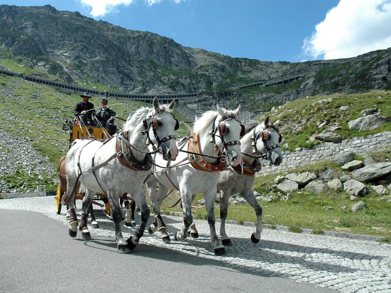 Image 0 - St. Gotthard horse drawn mail coach