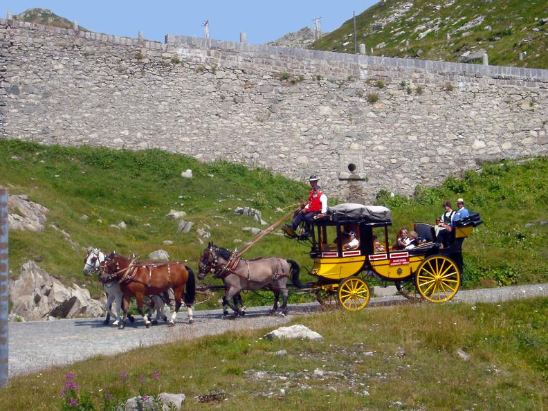 Image 3 - St. Gotthard horse drawn mail coach