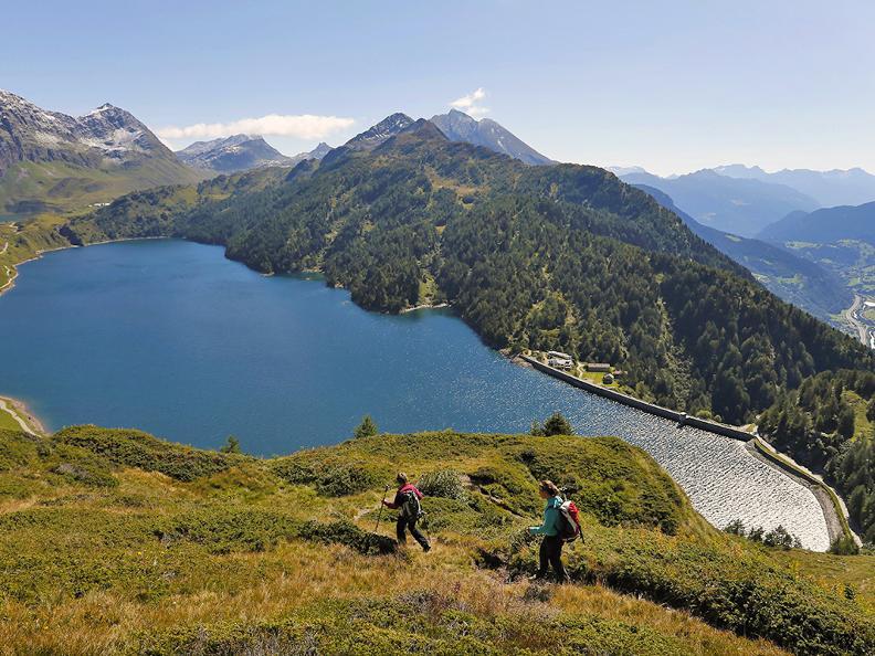 Image 7 - Wanderferien: Alpenpässe Weg, Olivone - Ulrichen