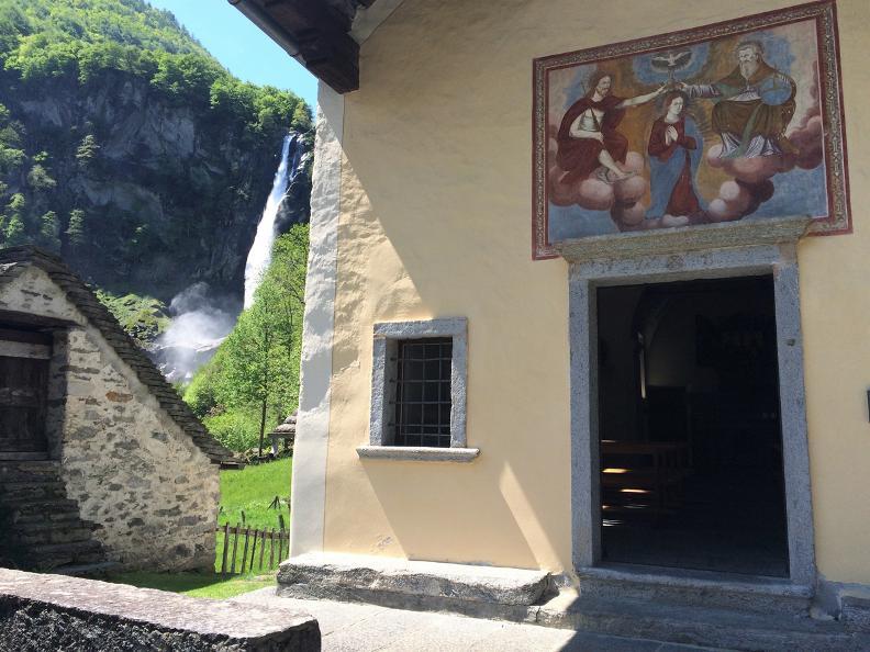 Image 2 - Bavona: Foroglio and its surroundings