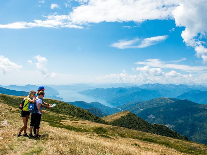Image 0 - Hiking holidays: Sentiero Lago di Lugano