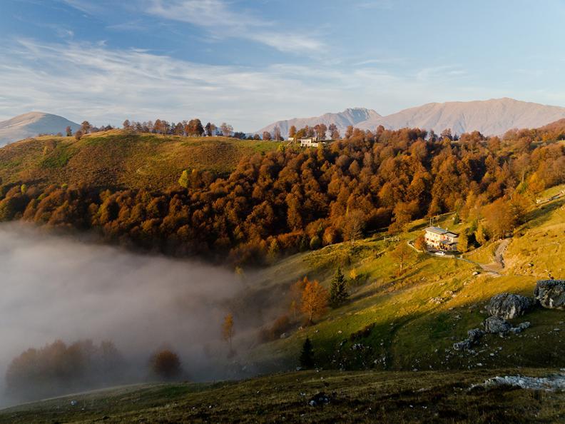 Image 6 - Hiking holidays: Sentiero Lago di Lugano