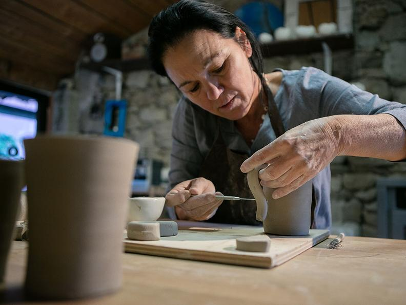 Image 4 - La ceramica