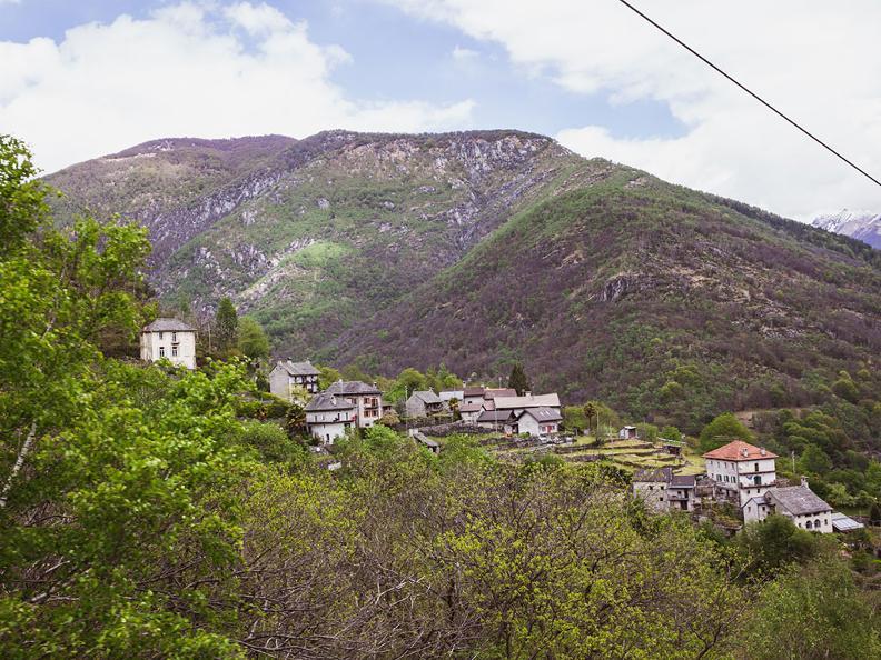 Image 2 - Seilbahn Intragna-Pila-Costa