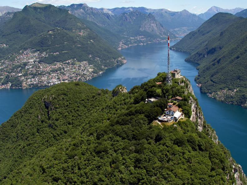 Image 4 - Funiculaire Monte San Salvatore