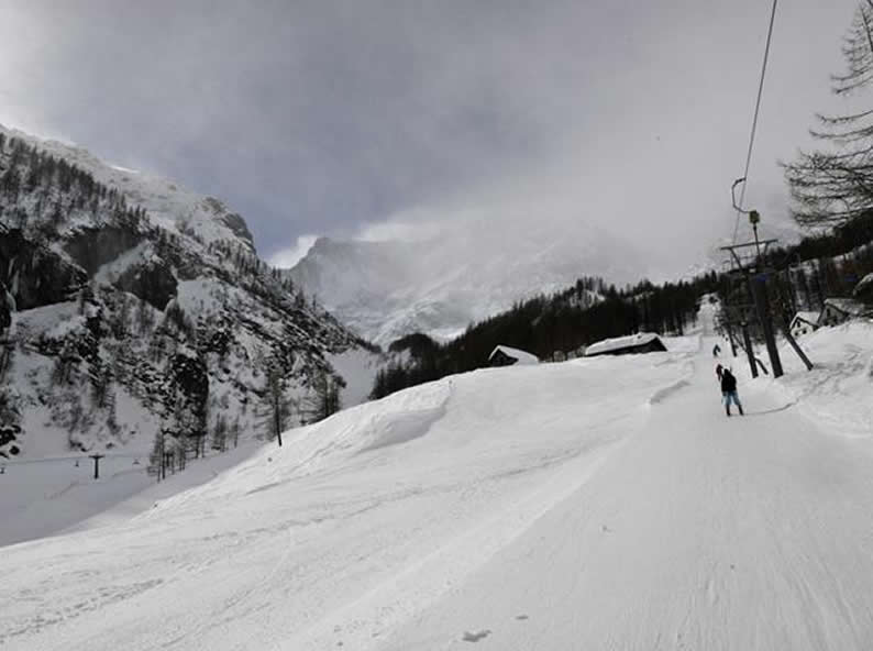 Image 0 - Anzasca Valley: ski at the foot of Mount Rosa