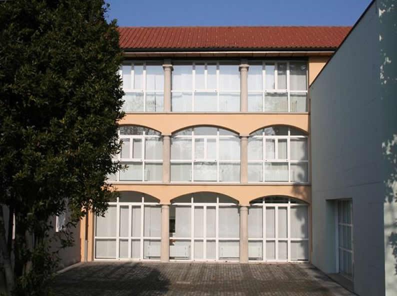 Image 0 - Haus Pessina