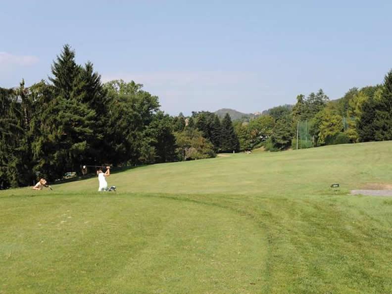 Image 2 - Golf Club Luvinate