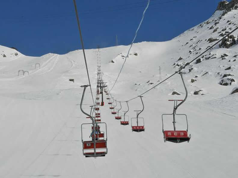 Image 3 - Anzasca Valley: ski at the foot of Mount Rosa