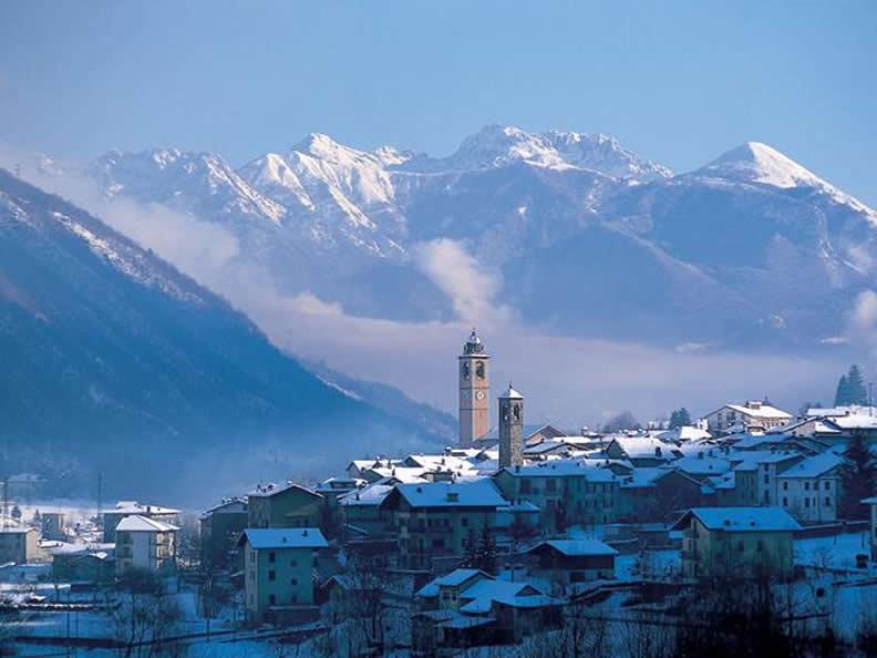 Image 0 - Piani di Bobbio Ski Area