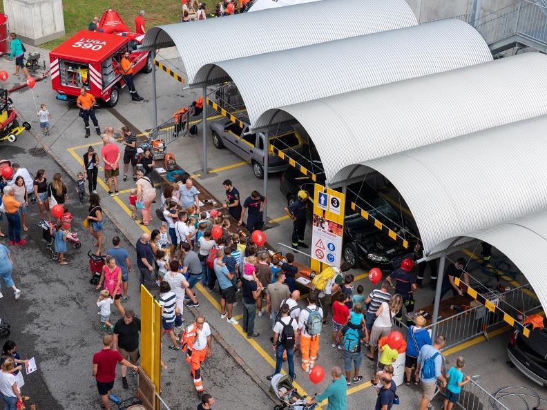 Image 0 - Besuchen Sie die Feuerwehr Lugano