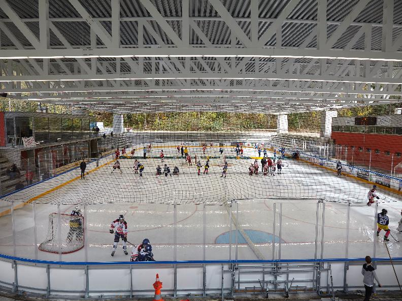 Image 2 - Covered ice rink in Faido