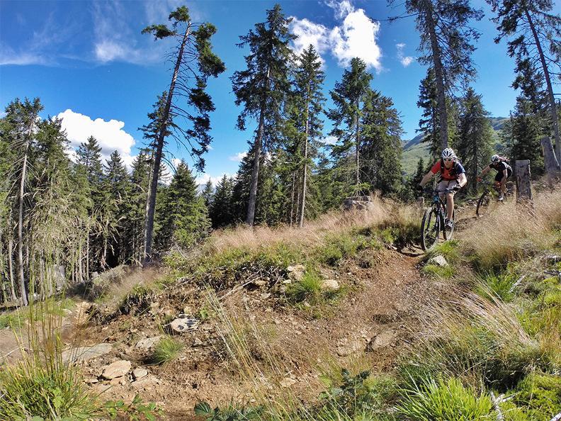 Image 0 - bikesteiger.ch - Excursion guidée en VTT dans le Val Blenio: Narenduro