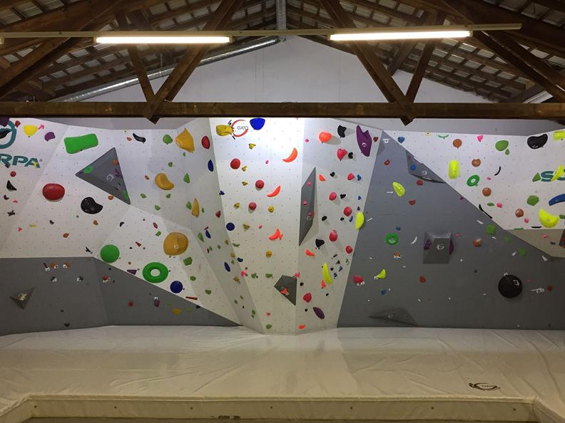 Image 2 - Alphaboulder Gym